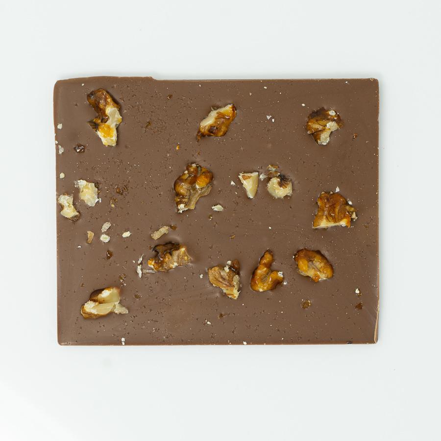Salzschokolade Vollmilch mit Walnuss-Karamell